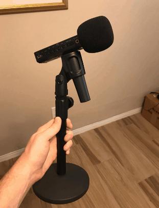 tabletop tripod for Micrphones - InnoGear Desktop Microphone Stand screenshot from Amazon